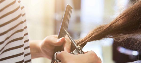 Con un cambio de look podés ayudar a personas con cáncer, vení a donar tu pelo