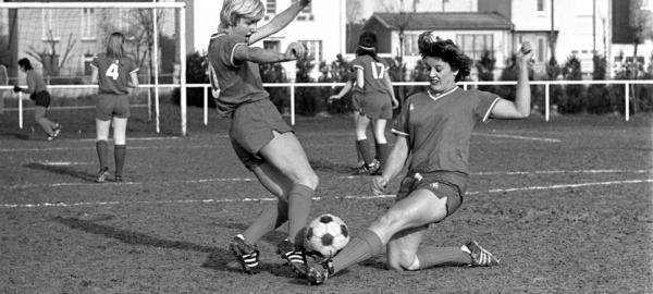 Offside Museum, un proyecto que busca contar la historia del fútbol femenino