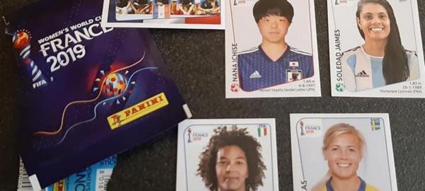 Lanzan álbum de figuritas del Mundial de fútbol femenino