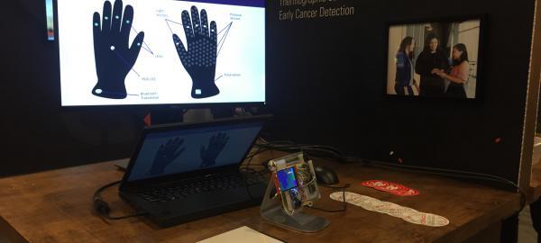 Estudiantes crean dispositivo para la detección del cáncer de mama